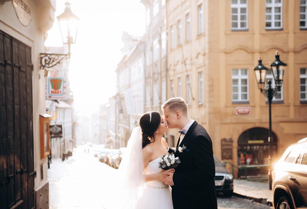примера, работа фотографом в чехии любите больших толп