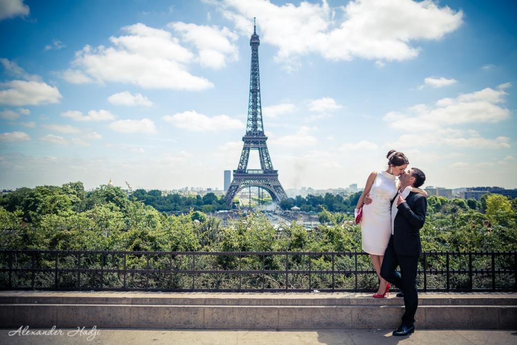 артисты фото целующихся на фоне эйфелевой башни мне нравится, когда