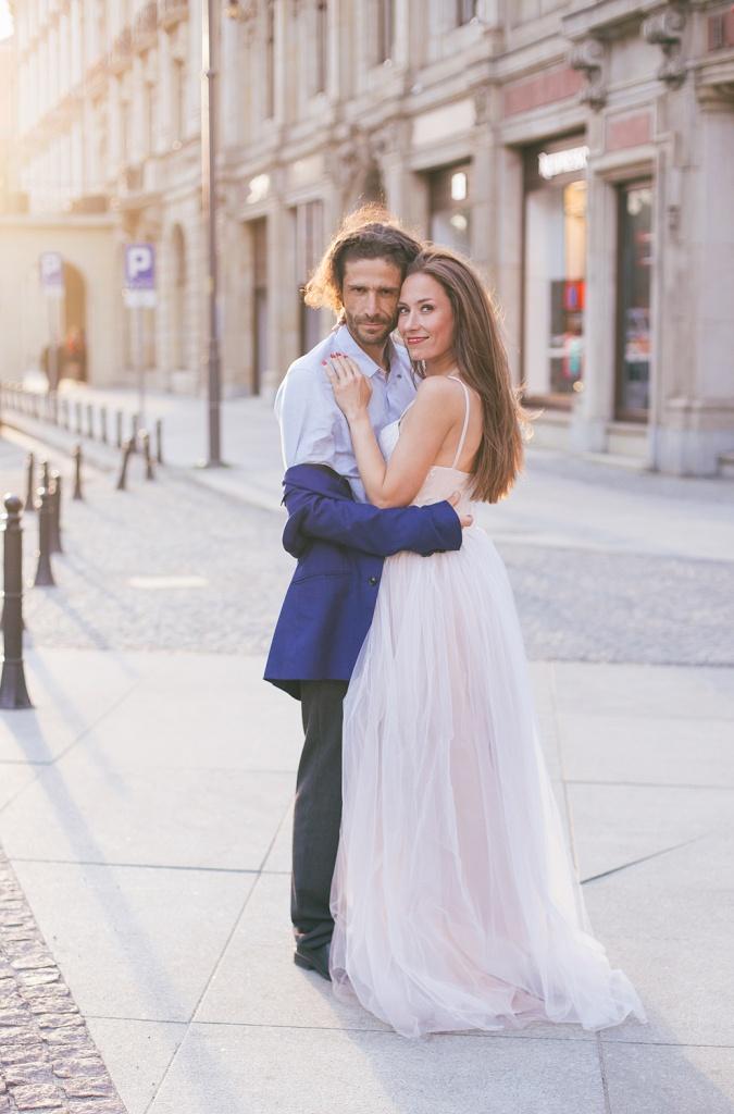 приятные свадебные фотографы польши спицами воротника