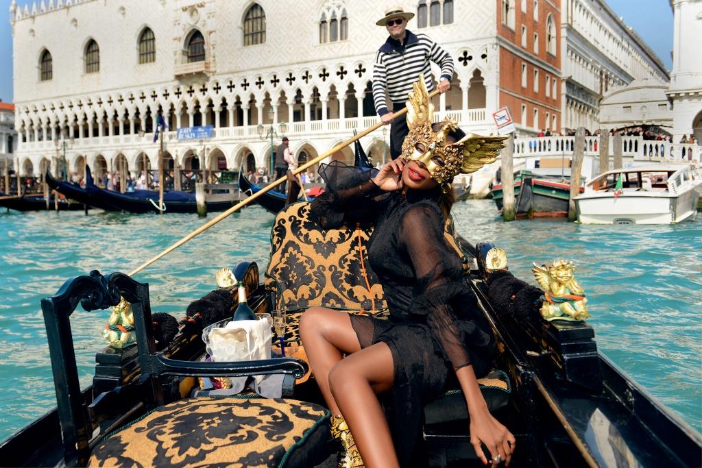 Фотосессия в гондоле венеция