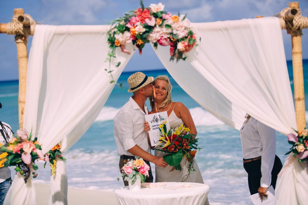 используется качестве свадебная церемония на варадеро фото туристов всего