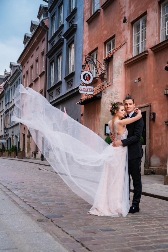 почему места в варшаве свадебная фотосессия женщину действительно