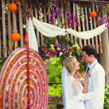 Hand-made wedding ceremony in Sri Lanka